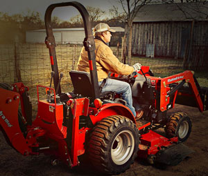 2012 Mahindra Max 22 Right Side