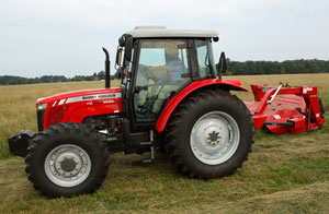 2012 Massey Ferguson HD Series 2680 with Mower