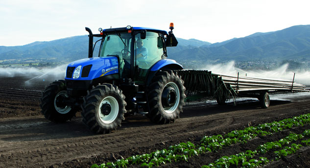2013 New Holland T6.140 Working