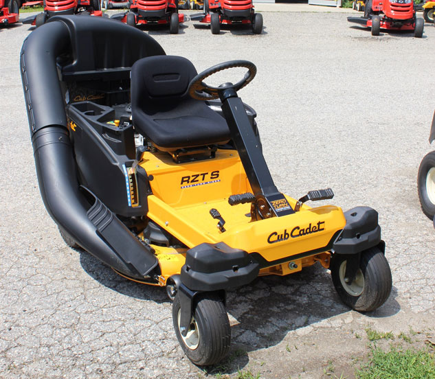 2014 cub cadet rzt s 42 zero turn review rh tractor com Cub Cadet RZT S 42 Cub Cadet RZT S 42