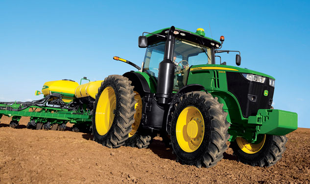2014 John Deere 7290R Front Right