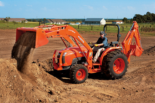 2014 Kubota L3800 HST Loader Working