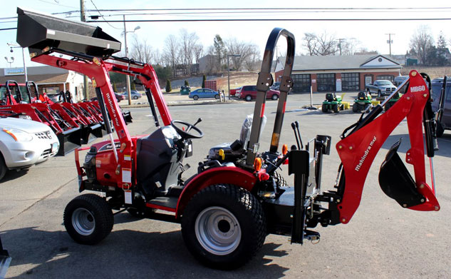 Mahindra Tractor Max 25 And Big Tex Trailer 60ch 16 Package Deal