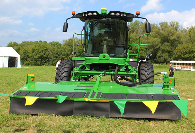2015 John Deere W260 Windrower 500R Rotary Cutter