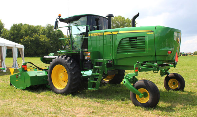 2015 John Deere W260 Windrower and 500R Platform Review