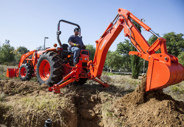 2015 Kubota MX4800 with Backhoe