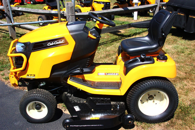 2016 Cub Cadet Enduro Series XT3 Profile