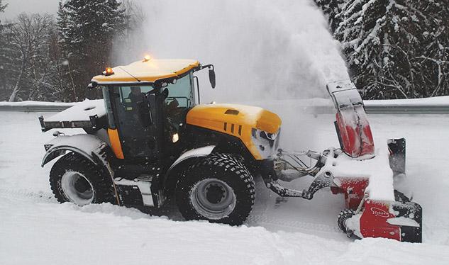2016 JCB 4220 Fastrac Snow Removal