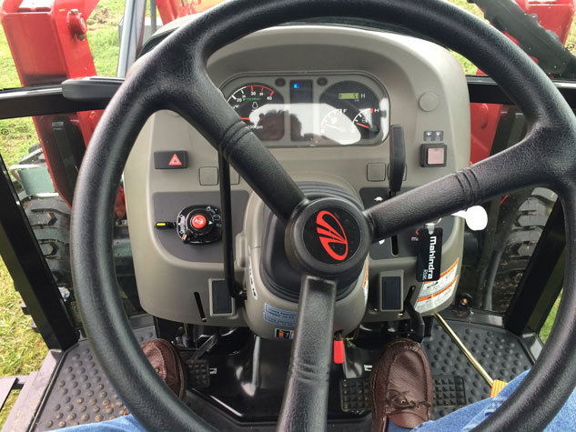 2016 Mahindra 2565 Steering Wheel