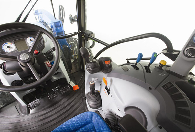 2016 New Holland T4.90 Cockpit