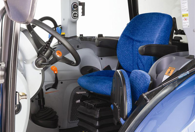 2016 New Holland T4.90 Seat