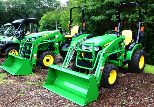 2017 John Deere 2038R Review