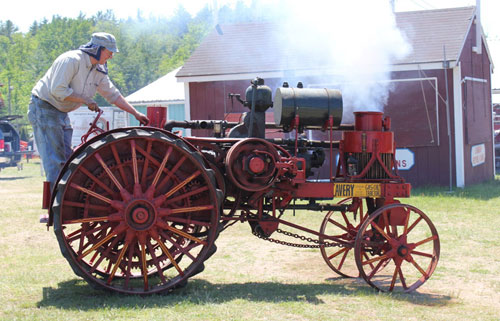 Avery tractor on display at the Antique Engine & Tractor Show