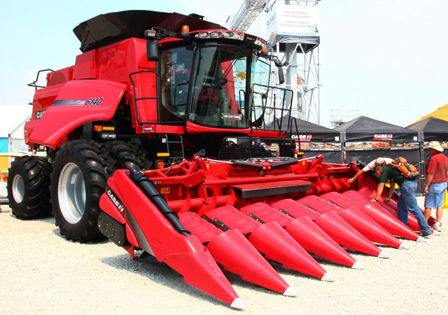 Case IH Axial-Flow 6140 Front