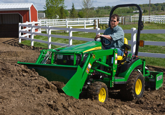 John Deere 1026R with Loader