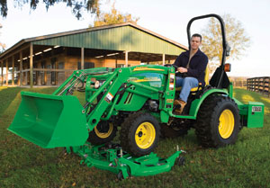 2012 John Deere 2720 HST with Cutter
