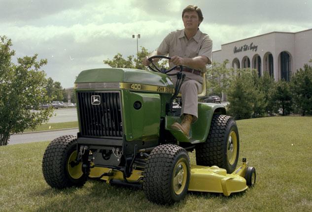 John Deere 400 Garden Tractor Attachments : Significant john deere milestones