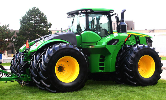 John Deere 9470R with Poly Tank