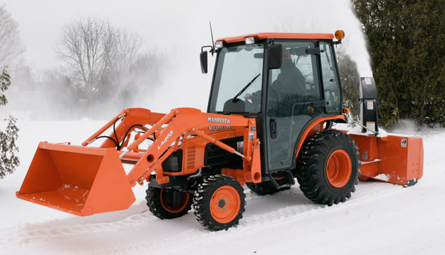 Kubota Tractor with Rear Blower