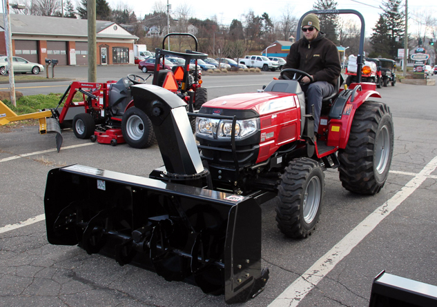 Mahindra Tractor with Blower