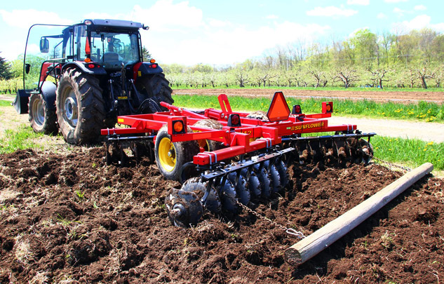 Massey Ferguson 6713 | Agricultural Review