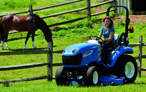 2012 New Holland Boomer 25 Action Front