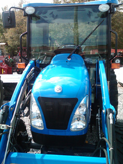 2011 New Holland Boomer 3045