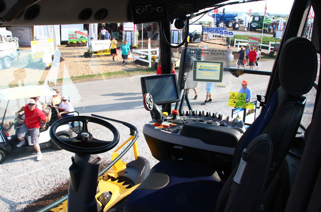 New Holland FR650 Forage Cruiser Cockpit