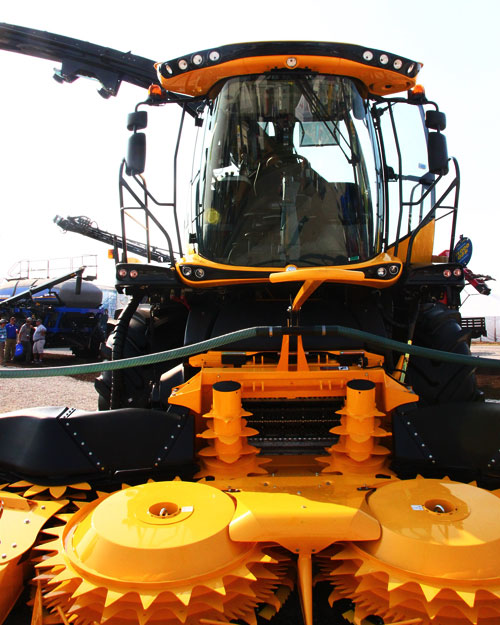 New Holland FR650 Forage Cruiser Cutterhead