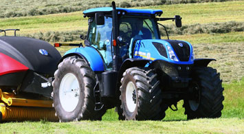 2016 New Holland T7 315 Review