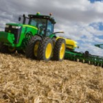 John Deere 8335R Sets New Power Mark