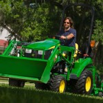 John Deere Dealers Kick Off 2013 Drive Green Challenge Events