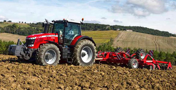 Massey Ferguson 8700 Tractor