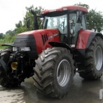 TradeMachines is a Marketplace for Tractor-related Auctions