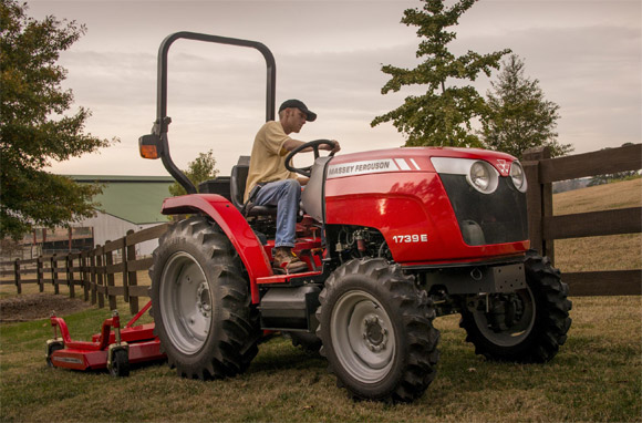 Massey Ferguson Donates Tractor to Support ProRodeo Hall of Fame