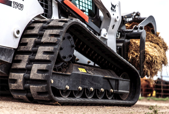 Bobcat Compact Loader Undercarriage Close