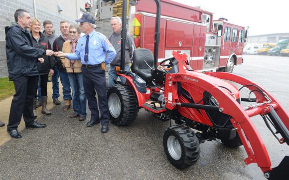 Mahindra Gives Away 17th Tractor of 2015