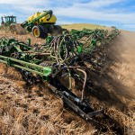 John Deere 76-Foot Wide Air Hoe Seeder for 1870 Model Lineup