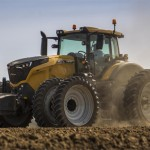 Challenger 1000 Series Tractors to Debut at Farm Progress Show