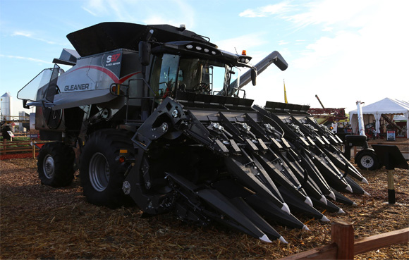 AGCO 3200 Series Corn Head