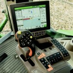 John Deere CommandViewTM III Cab and Carbon Fiber Booms