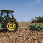 John Deere Adds Vertical Tillage Tool to Frontier Lineup