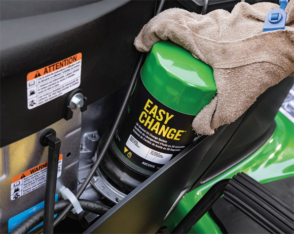 John Deere Unveils Easy Change 30-Second Oil Change System