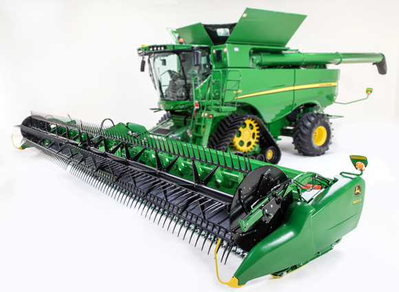 Track System, Draper and Mobile App Unveiled for John Deere Combines