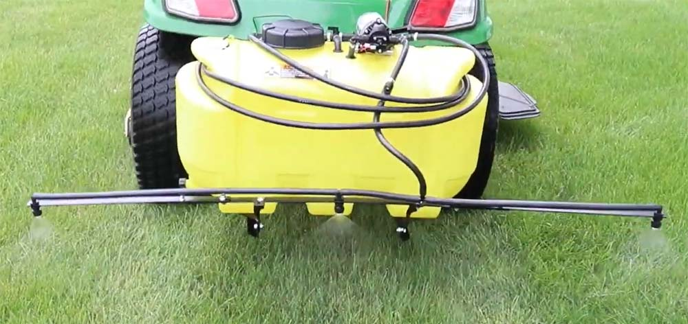 John Deere 25-gallon Mounted Sprayer